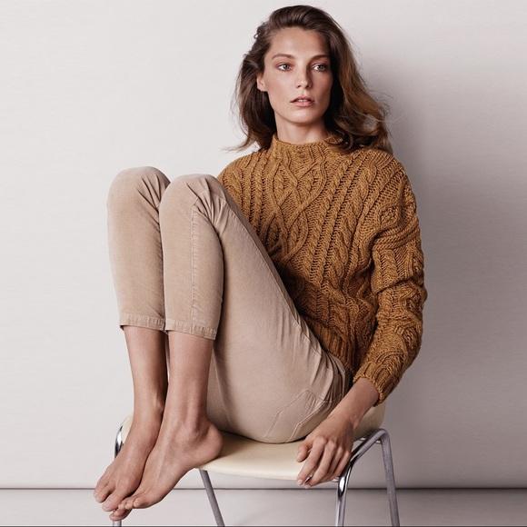 fec1866b7df Mango Cable Knit Wool Blend Mustard Gold Sweater. M 5ad2c698fcdc31f991957da3